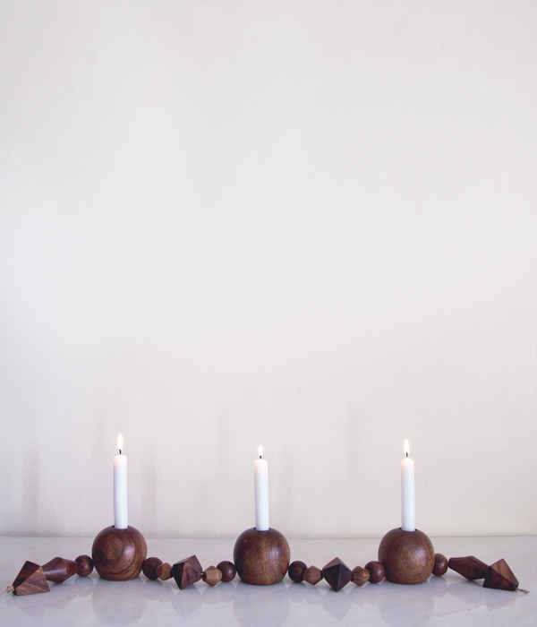 Wood_Beads_Tabletop_Candleabra_Online_Store