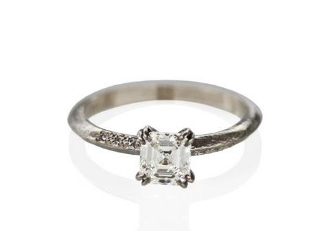 Sohpie_Hughes_Ore_Boston_engagement_ring